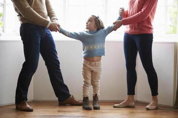 Встречный иск об определении места жительства ребенка в 2020 году - что это такое, с отцом образец