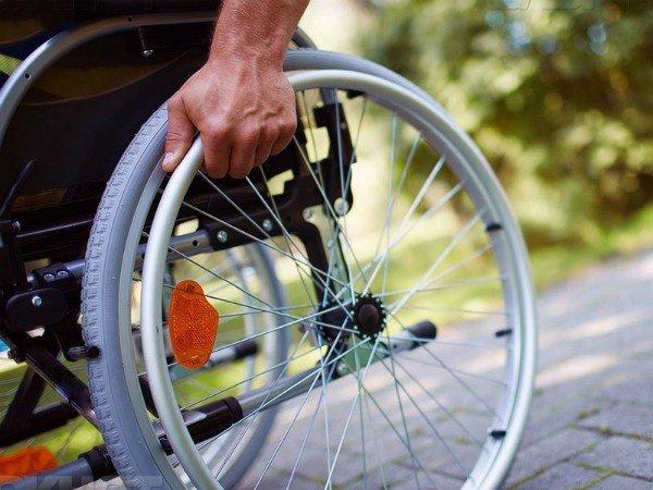 Алименты с инвалида в 2020 году - 3 группы, пенсии, 2,1, взыскание, платят ли, в России
