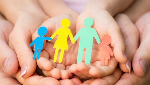 Формы устройства и воспитания детей, оставшихся без попечения родителей (семейного) в 2020 году - что это такое