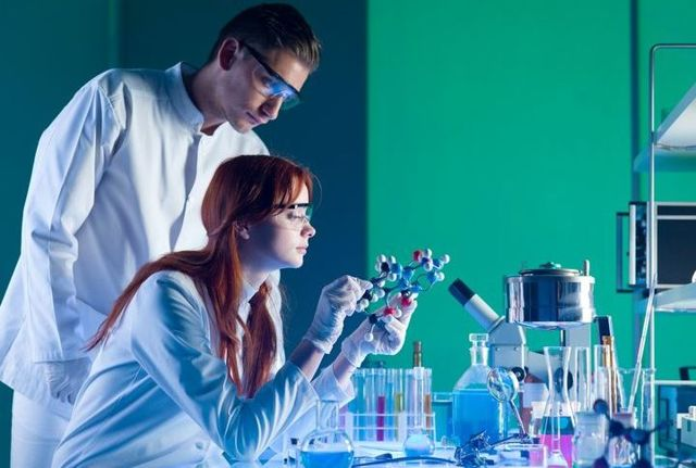 Субсидия ученому в 2020 году - разовая, молодым, физику, химику