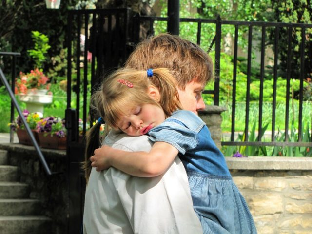 Как подать на алименты, если родители не в браке в 2020 году - что это такое