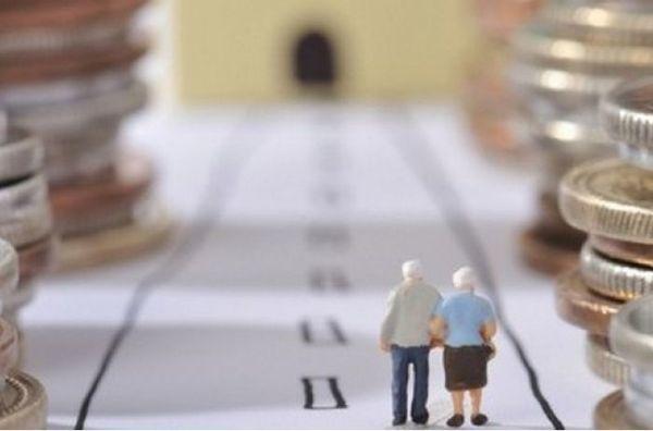 Доплата к пенсии за стаж работы больше 35, 40 и 50 лет в 2020 году
