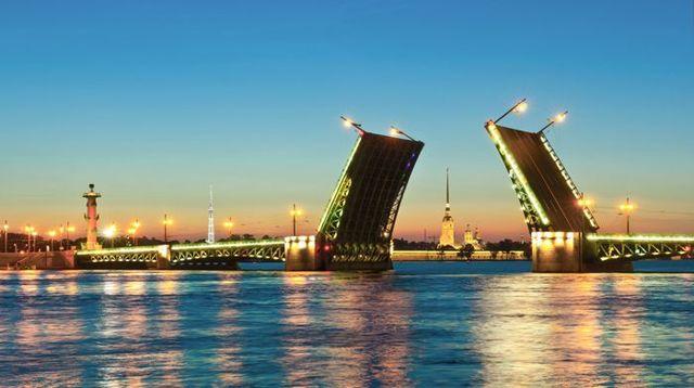 Субсидии в Санкт-Петербурге (СПб) в 2020 году - на жилье, молодым семьям, документы для получения пенсионерам