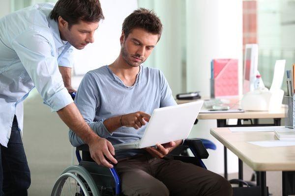 Прием на работу инвалида в 2020 году - 3 группы, льготы, по общему заболеванию, 1,2, оформление документов